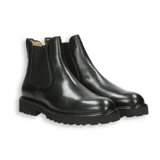 Black calf Chelsea boot rubber sole