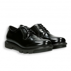 Black shiny calf derby rubber sole